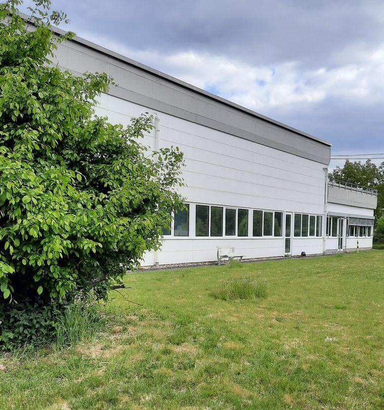 2.600 m² Gewerbehalle - Produktion-Lager-Versand 1A-Lage